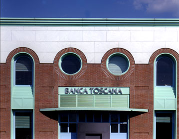 Banca Toscana headquarter | Cristiano Toraldo di Francia