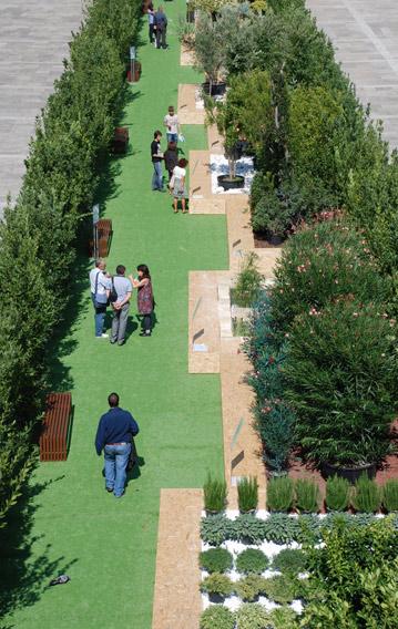 Una Rambla Verde exhibition set up, Piazza del popolo, Ascoli 2009 | Cristiano Toraldo di Francia