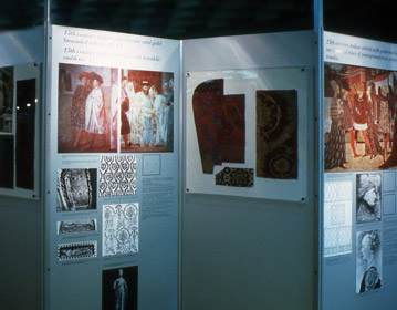 Cinque secoli di tessuto italiano Travelling art exhibition  1982 | Cristiano Toraldo di Francia